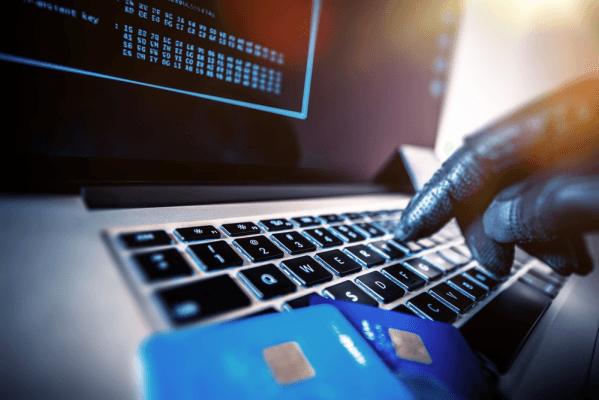 Банки пытаются сохранить личные данные клиентов